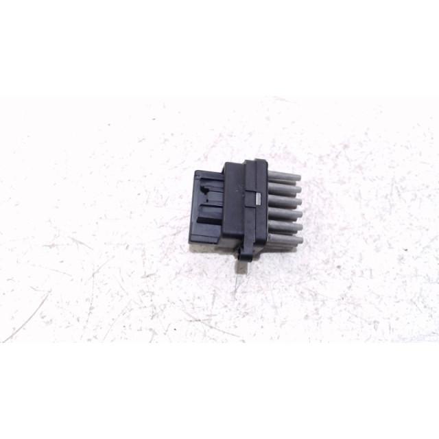 Dispositif de chauffage à résistance Ford Kuga I (2008 - 2012) SUV 2.0 TDCi 16V 4x4 (G6DG)